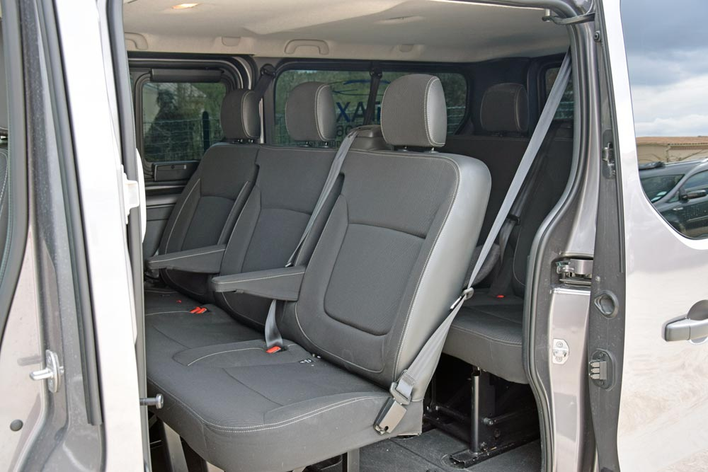 renault-trafic-2-agora-taxis