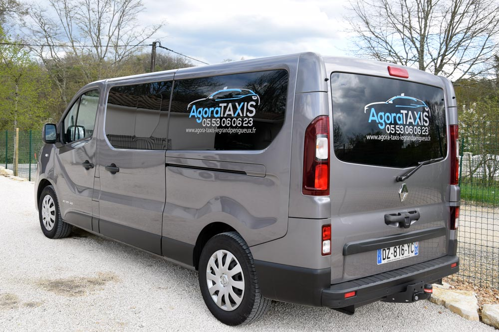 renault-trafic-5-agora-taxis